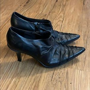 NWOB Kenneth Cole Reaction Ruched Ankle Booties